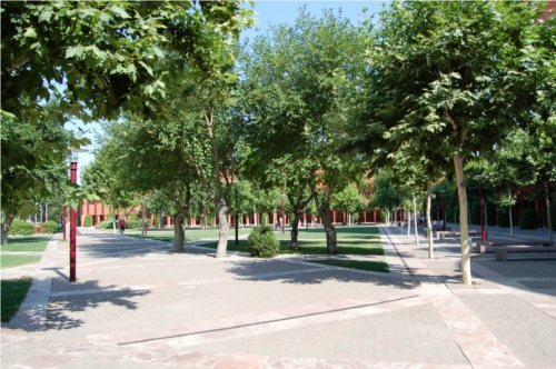 plaza central del campus de Leganés